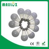 Lumière A60 de lampe d'ampoule d'AC100-240V SMD2835 DEL