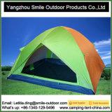 Barraca de acampamento ao ar livre da abóbada da proteção de chuva que faz fontes