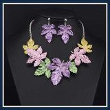 Jeu acrylique de bijou de collier de boucle d'oreille de mode de résine neuve de poste