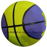 ثلاثة ألوان مطّاطة كرة سلّة لعب
