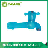 Torneiras plásticas do encaixe de tubulação do fornecedor de China