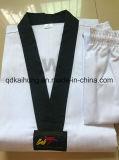 Uniforme costolata del Taekwondo
