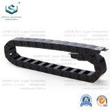 10 Serie CNC-Maschinen-Plastikflexible Nylonenergie-wickelte Rollen-Gegenkraft-Kabel-Kette ein