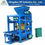 La machine de fabrication de brique creuse perméable de trottoir de moulages de bloc concret Qt4-26 machine de pavage concrète de bloc évaluent mieux en vente