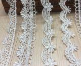 Больше конструируют отборный химически шнурок вышивки для одежды (белой)