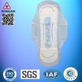 Serviette hygiénique de fabrication d'OEM de Quanzhou
