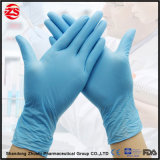 Examen médical d'utiliser des gants jetables en vinyle sans poudre