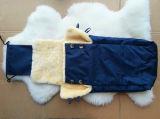 Schaffell-Baby-Schlafsack