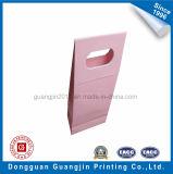 Neuer Entwurfs-Dreieck-Form-Papier-Geschenk-Beutel mit Farbband-Dekoration
