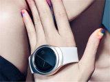 Y1スマートな腕時計の円形のWrisbrandの人間の特徴をもつ使用2g SIMのカードの情報処理機能をもった携帯電話Smartwatch