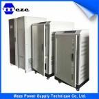Meze UPS em linha da fonte de uma alimentação de 10 kVA com banco de carga
