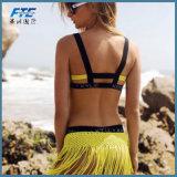 方法黄色くセクシーな三角形のビキニの水着のBeachwear