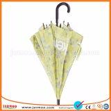 Commerce de gros bon prix durables parapluies de golf de pluie