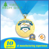 リボンが付いている賞のキャンペーンメダルになされるカスタム金属