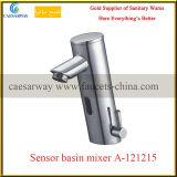 Taraud automatique de bassin de l'eau de détecteur d'articles sanitaires de chrome
