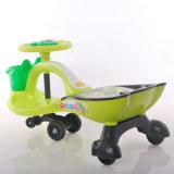 Umweltfreundliche Kunststoff-Baby-Fahrt auf Schwingen-Auto