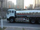 2017년 Sinotruk 6X4 25cbm 물 트럭