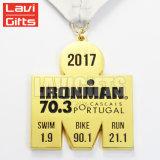 De hete Medaille van Engravinig Triathlon van de Sport van de Toekenning van het Metaal van de Douane van de Verkoop