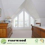 Windowsの装飾のための高品質の三角形の形の白い木製シャッター