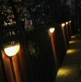 Linterna montada en la pared al aire libre impermeable ligera del jardín de la lámpara del panel solar de la lámpara de 6 LED con control ligero