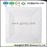 Panneau de plafond en aluminium gravé en relief par usine en métal pour la décoration d'intérieur