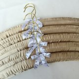 Bride de fixation de vêtement complétée par satin de chambre à coucher de fabrication