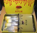 Le jaune blanc professionnel de brosse de lecture de Kylie composent la brosse de lecture avec le cadre 12PCS en métal