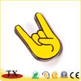 Soft enamel Metal creativa Love U gesto Badge