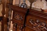 Mantel de cheminée découpé par antiquité antique en bois solide de type