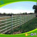 Los paneles de la ganadería de caballos la vaca valla de ganado de paneles