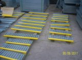Grating тип T3 проступей лестницы