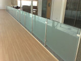 Балюстрада нержавеющей стали конструкции качества стеклянная для напольной террасы без поручня