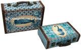 S/2 de Decoratieve Antieke Uitstekende Doos van de Koffer van de Opslag van de Druk Pu Leather/MDF van het Ontwerp van de Ligstoel Houten