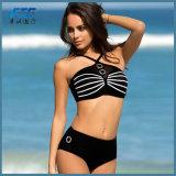 Schwarze Form zwei Stücke Dreieck-Bikini-Badebekleidungs-Badeanzug-