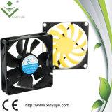 Matériel en plastique industriel de radiateur du ventilateur 80*80*20mm de ventilateurs axiaux électriques de C.C Extermal mini