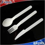 Jeux fiables de couverts de qualité de vaisselle en plastique de vaisselle de cuisine