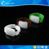 2017 Promotie Geactiveerde LEIDENE van het Silicone Geluid Armband die omhoog Motie Geactiveerde LEIDENE Lichte Armband opvlammen