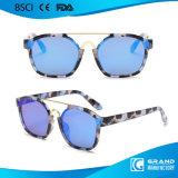 Il nuovo modo floreale decora gli occhiali da sole di plastica dello specchio in stock