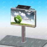 Iluminação solar de Hording que anuncia a manufatura do quadro de avisos