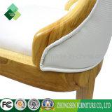 Janpanese様式のレストラン(ZSC-01)のためのゴム製木製の最高背部椅子
