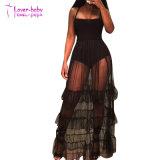 Licou maille noire longue robe avec ourlet ébouriffé