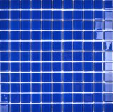 Piscina azul de ladrilhos, mosaicos de banho em vidro lado a lado exterior de ladrilhos, mosaicos de vidro exterior