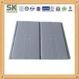 Diseño de la línea vertical Panel del techo de PVC material de construcción