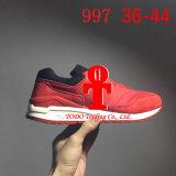 Les hommes 's de NOTA: chausse les chaussures de course Ml997 de chaussures de sports