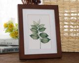 Le bâti de photo de décoration en bois solide de qualité supérieur de coût bas peut être Tableau et s'arrêter sur le mur