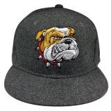 Изготовленный на заказ бейсбольная кепка Snapback фланели с поднятым логосом Gjfp17189