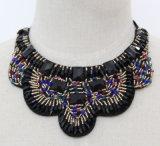 Halsband van de Kraag van het Kristal van de Nauwsluitende halsketting van het Kostuum van de Slab van de Charme van de manier de Ruige (JE0004)