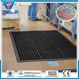 Stuoie di gomma del pavimento della cucina antiscorrimento di drenaggio, stuoia di gomma antibatterica del foro