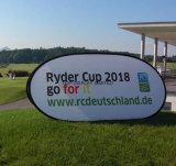 昇進を飛び出る表示が屋外の表示ばねファブリック立場によってが地平線の立場を広告するフレームの印現れるゴルフスポーツを広告する旗をカスタム設計しなさい