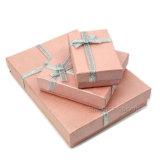 Safran-karminroter Saphir verziert Papierpappverpackengeschenk-Schmucksache-Kasten